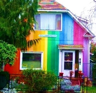 One Colour-confused House